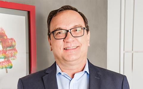 Sérgio Zanetta, médico sanitarista e prof. de Saúde Pública e Epidemiologia.