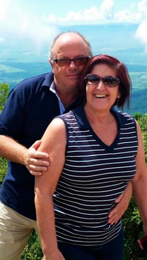 Luiz Falchi e a esposa.